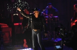 Tim McGraw Performs 5