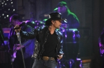 Tim McGraw Performs 9
