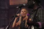Sheryl Crow Performs Live on Letterman  (15)