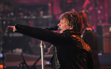 bon jovi blogger shot Bon Jovi Comes Back To Count