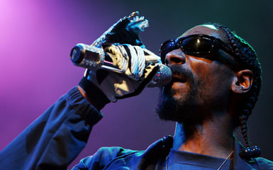 snoop dogg video lead Live On Letterman: The 5 Best Snoop Dogg Videos